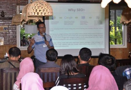pembicara internet property marketing 3